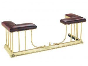 Regent Club – Brass fireplace guard
