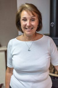 Lorraine Gleave - Sales Adviser
