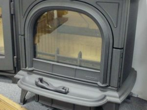 Stovax Huntingdon 30 6kW Woodburning Stove (Colchester) - Was £1685 NOW £1263.85
