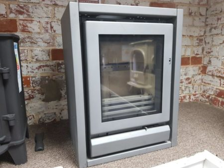 Stovax Riva F40 Freestanding Multi-Fuel Stove (Halstead) - Was £1759 NOW £879.50